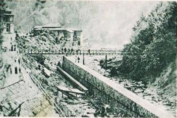 Construirea drumului către izvoare, în dreptul izvorului Sf. Spiridon