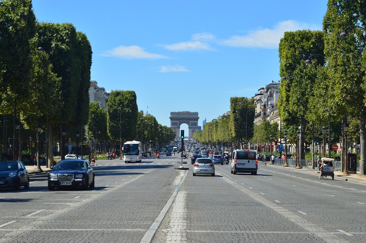 Arcul de Triumf, Paris Pixabay