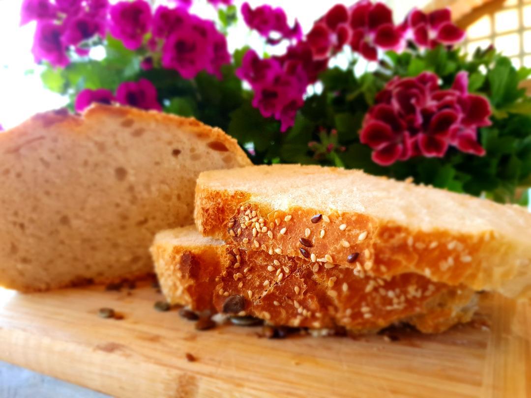 paine de casa fara framantare cu coaja crocanta