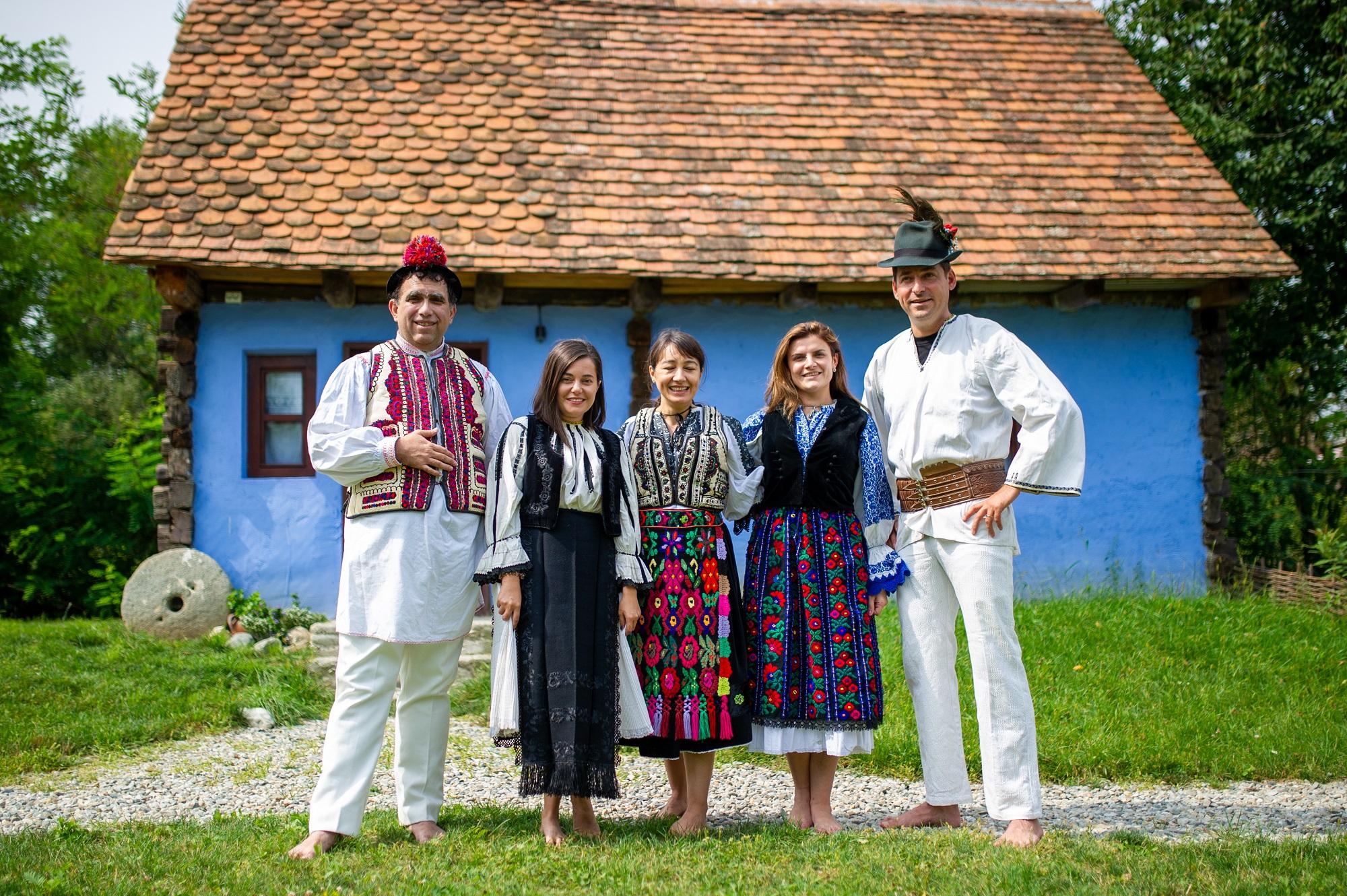 Oberwood, costume populare, tara fagarasului